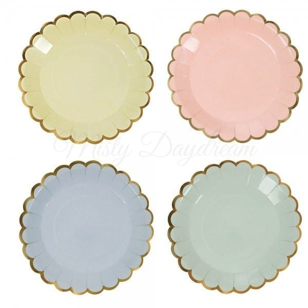 Pastel scallop canape small plates 7 set of 8 misty for What is a canape plate