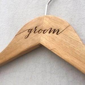 groom-bride-custom-name-hanger-wedding-hanger-d01-2